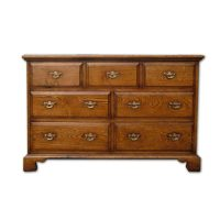 https://www.hffurniture.co.uk/wp-content/uploads/2012/09/bespoke-large-chest-of-7-drawers-handcrafted-in-suffolk-6-200x200.jpg