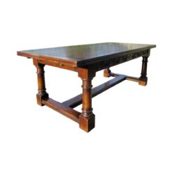 Draw-leaf dining table